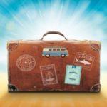 Turyści narażeni nie tylko na kradzież plecaka i torebki, ale i danych osobowych